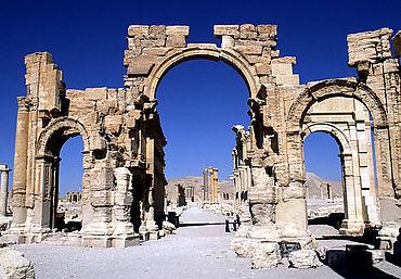 Palmyra: sog. Hadrianstor