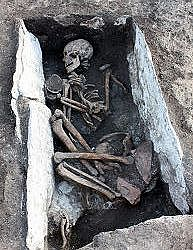 Frühbronzezeitliches Steinkistengrab