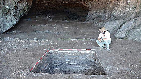 Die archäologische Fundstätte Makpan auf Alor