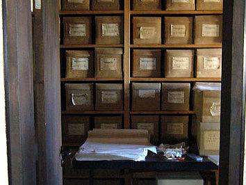 Hier soll eine Glastür den Blick vom Ausstellungsraum in das Magazin des Alamannenmuseums erlauben, in dem die Knochenfunde des Gräberfeldes Weingarten lagern (Foto: Museum Weingarten)