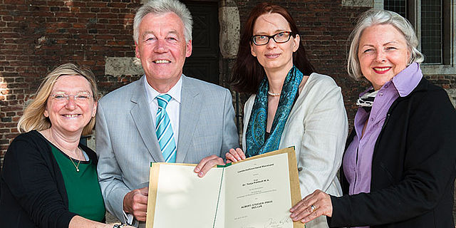 Dr. Tanja Potthoff erhält Albert-Steeger-Preis