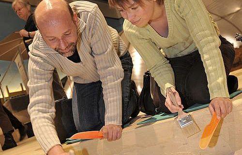 In der Mitmachausstellung Achtung Ausgrabung! kann jeder einmal selbst Archäologe sein.