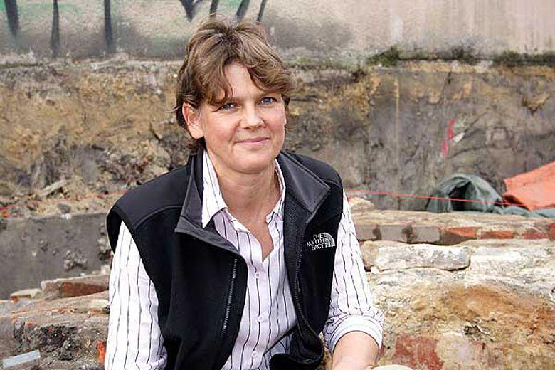 Dr. Aurelia Dickers ist die neue Vorsitzende der Altertumskommission für Westfalen beim LWL. (Foto: Dachboden Werbeagentur)