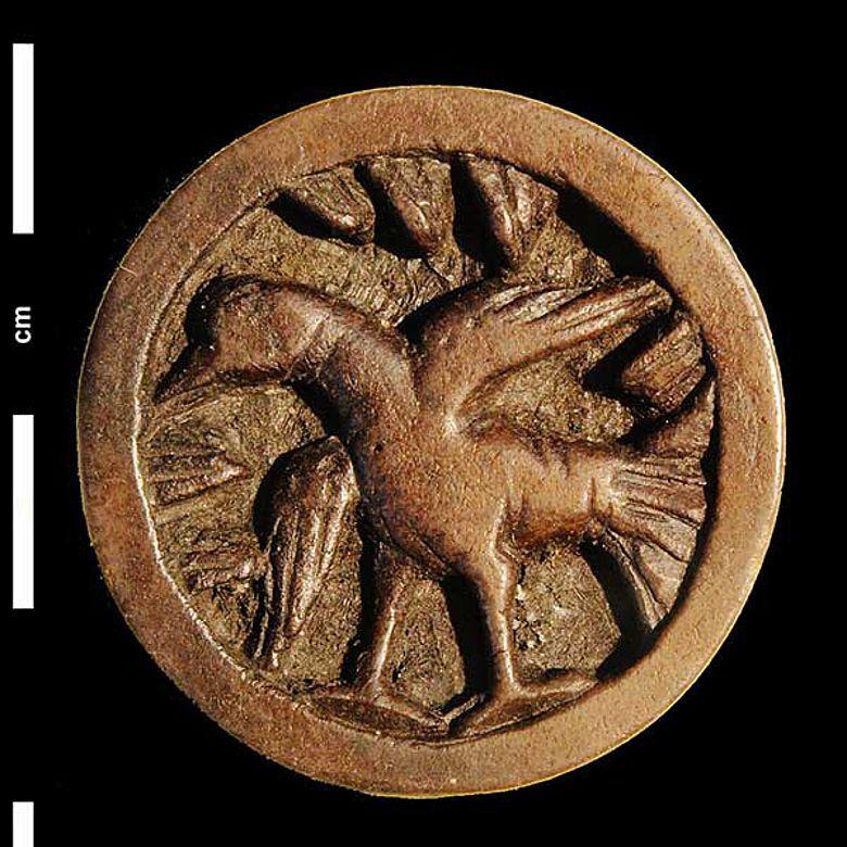 Mittelalterlicher Spielstein aus Horn