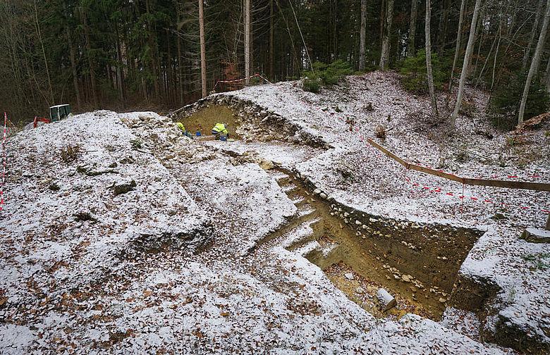 Wallschnitt auf der Großen Heuneburg