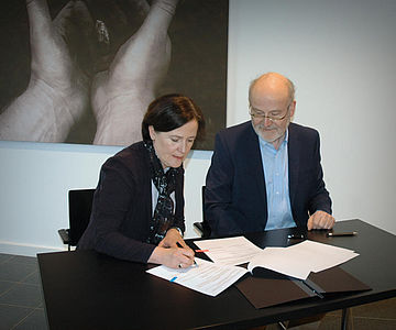Unterzeichnung der Zuwendungsvereinbarung für Kalkriese