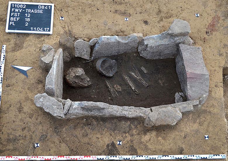 Steinkistengrab