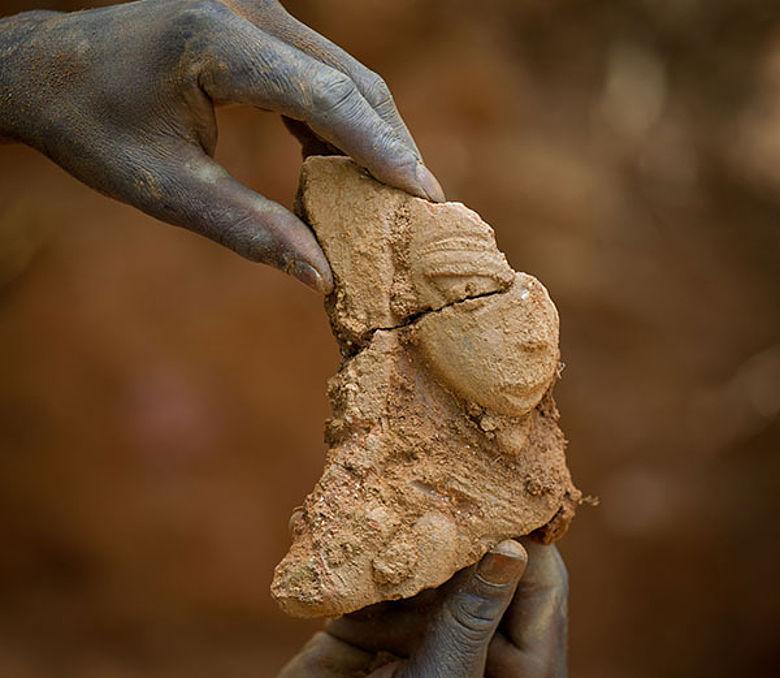 Fragment einer Nok-Skulptur