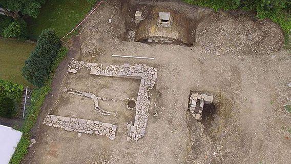 In Brilon entdeckten LWL-Archäologen die Fundamente mehrerer Häuser aus dem 13. bis 19. Jahrhundert