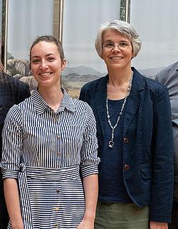 Janine Fries-Knoblach und Michaela Schauer