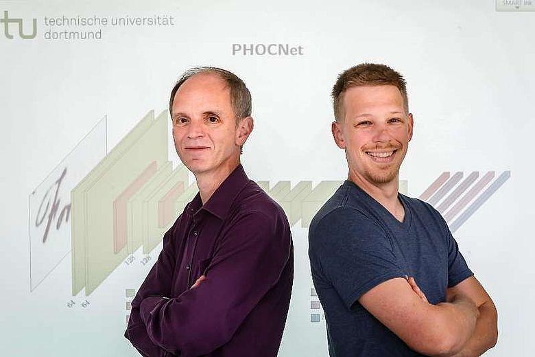 Prof. Gernot Fink (l.) und Sebastian Sudholt