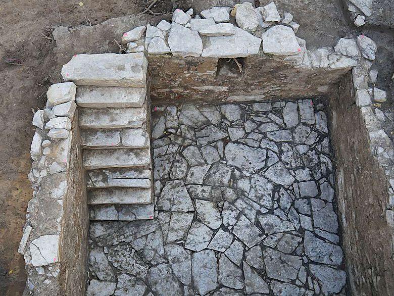 Einer der beiden Steinkeller aus dem 17. Jahrhundert