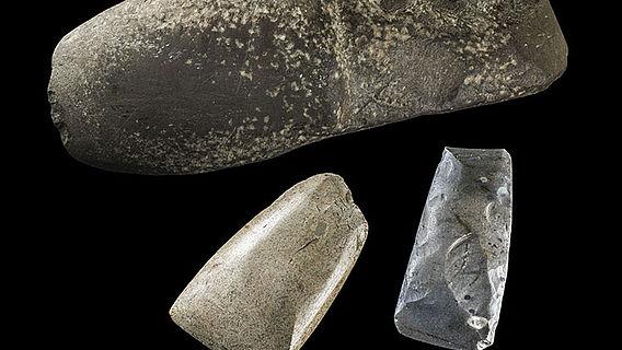 Neolithische Beilklingen