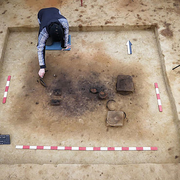 Neolithisches Grab (Planum)