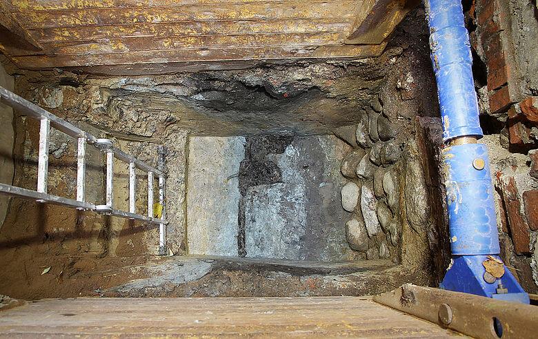 Ausgrabung in Baugrube