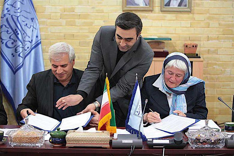 Unterzeichnung des Memorandums