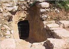 Eingangsbereich der Höhle. (Foto: U. W. Sahm)