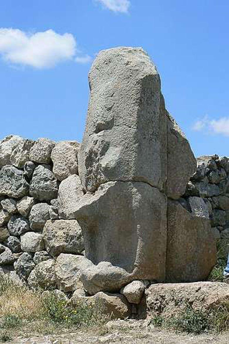 Das Sphinx-Tor von Hattuscha in seinem heutigen Zustand (Foto: Rita1234; CC BY-SA 3.0)