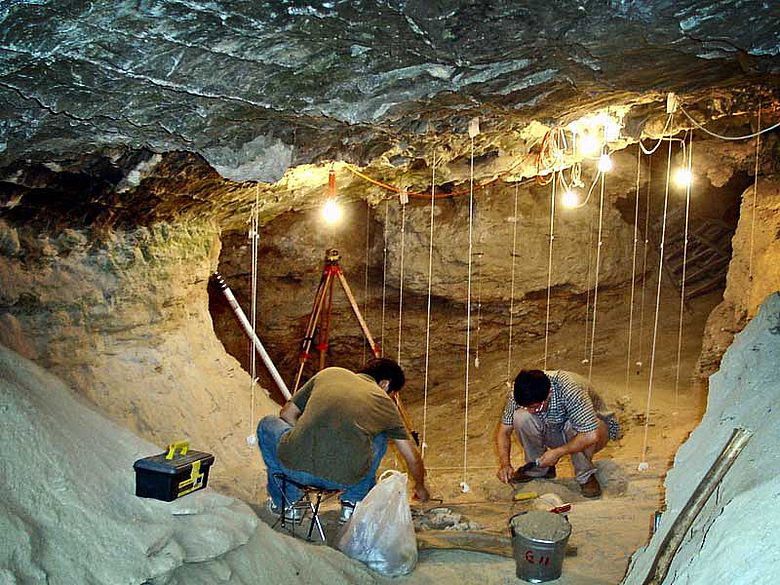 Ausgrabung in der Tianyuan-Höhle