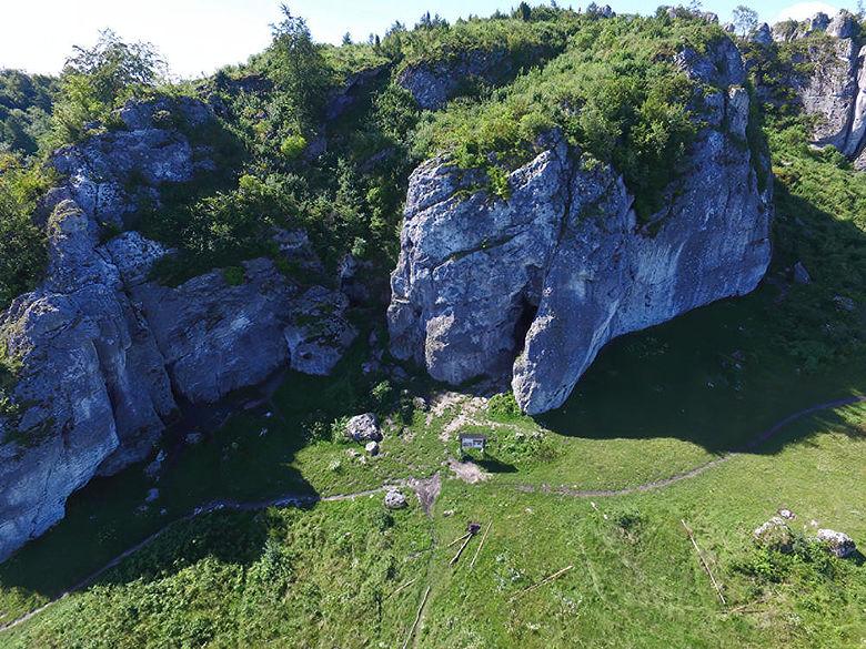 Stajnia-Höhle