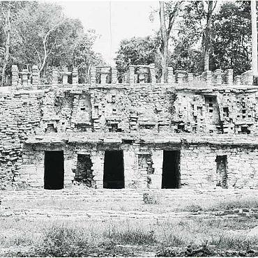 Yaxchilan, Struktur 19