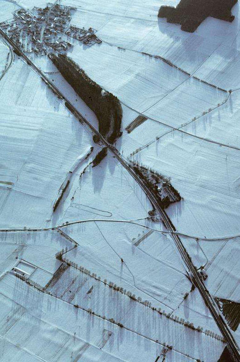 Luftbild des Karlsgrabens im Winter