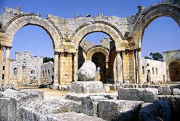 QalQalaat Seman: Der Rest der Säule des heiligen Simeon