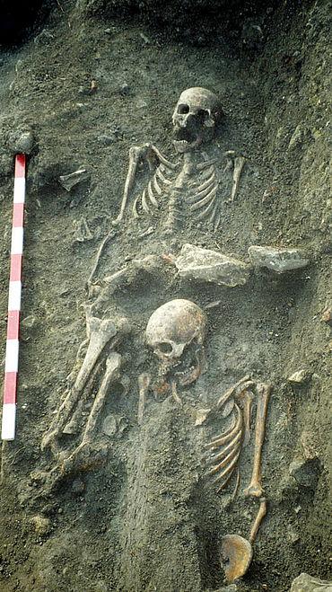 Mittelalterliche Bestattungen