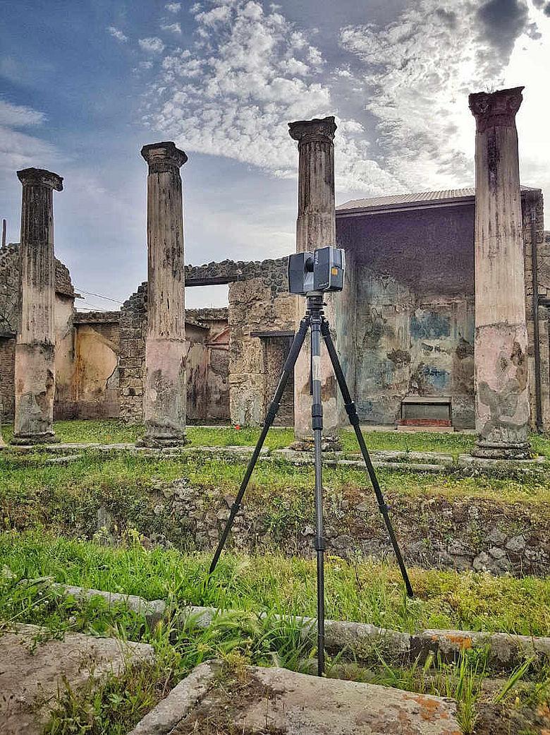 Laserscanner in Pompeii