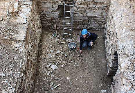 Fußboden eines Gewölbekellers