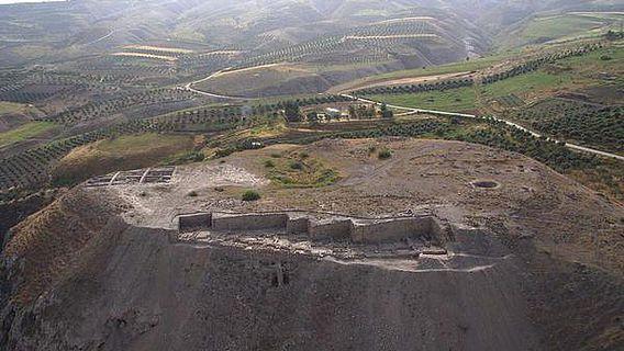 Im Rahmen des Gadara Region Project arbeitet das DEI zusammen mit dem Biblisch-Archäologischen Institut Wuppertal auf dem Tall Zira'a (5,88ha) in Jordanien (Foto: DEI)