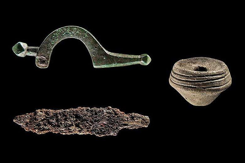 Funde aus Brandgräberfeld
