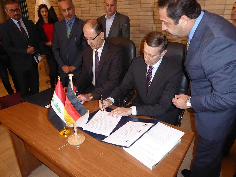 Offizielle Übergabe von technischem Gerät für die Antikenverwaltung Mosul