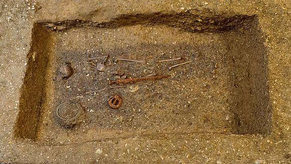 Das frühmittelalterliche Grab von Bissingen an der Teck