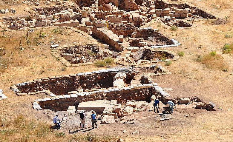 Römische Fundamente im Heiligtumsbezirk des Iuppiter Dolichenus. (Foto: WWU)