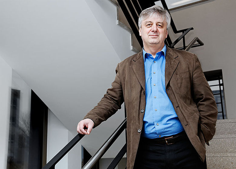 Prof. Dr. Holger Behm