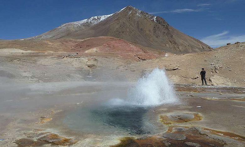 Eine der heißen Quellen am Tibetischen Hochplateau