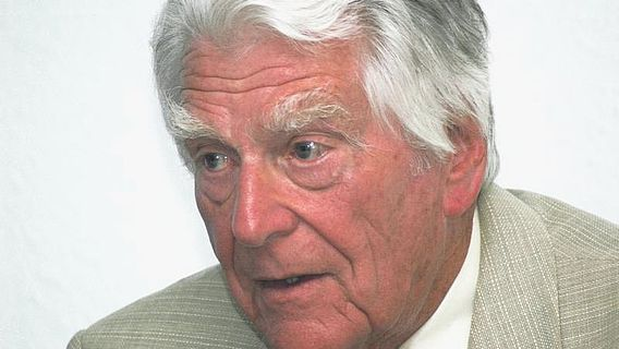 Rolf Hachmann