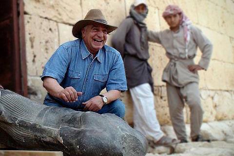 Zahi Hawass (2010)