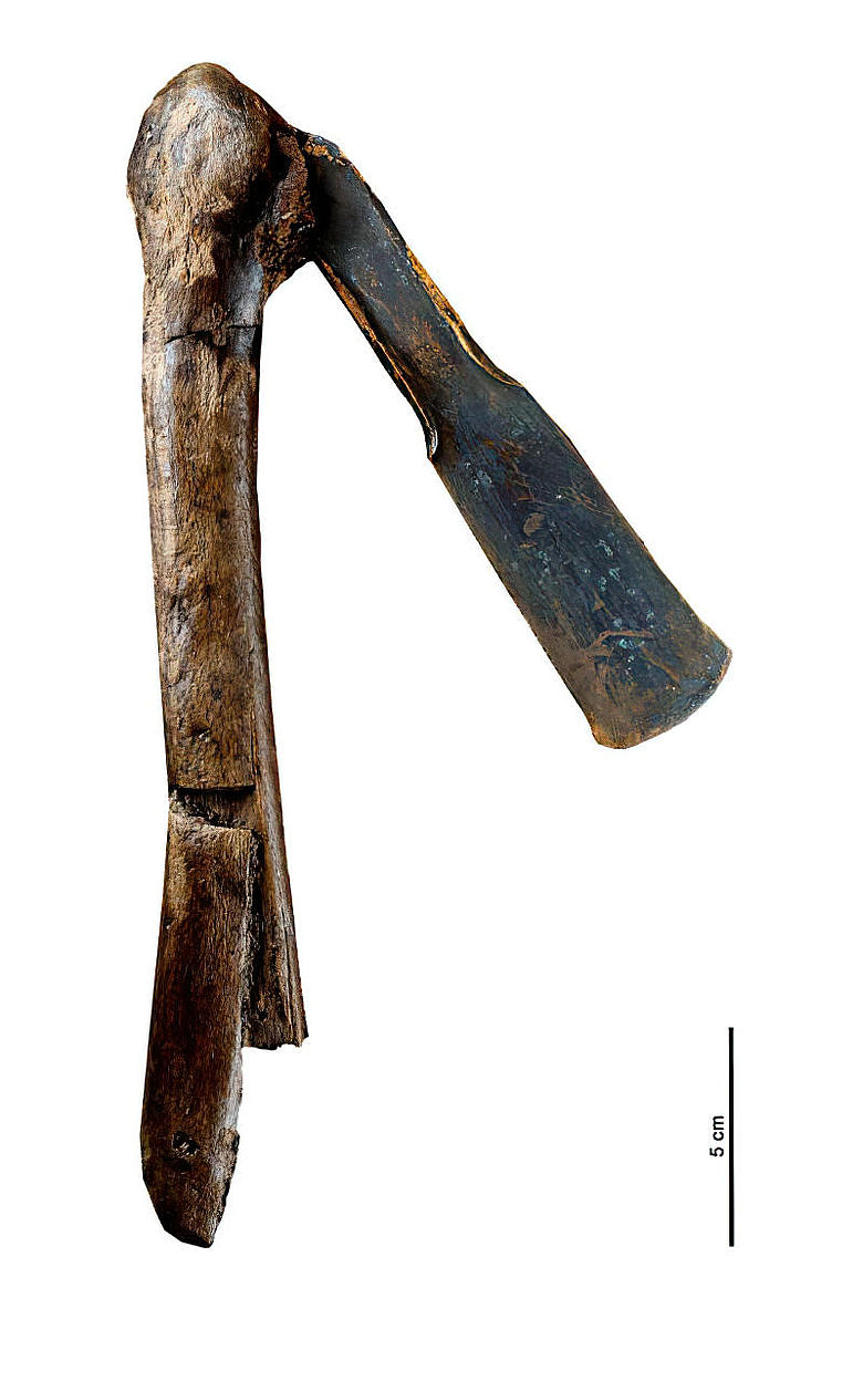 Bronzebeil