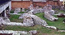 Wahrscheinlich dem Palaste Maximians zuzuweisende Ruinen in Mailand. (Foto: Wolfgang Kuhoff)