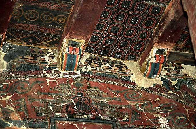Wand- und Deckenmalerei im Tempel Gongma Lhakhang nach der Restaurierung 2006. (Foto: Nako Research & Preservation Project)
