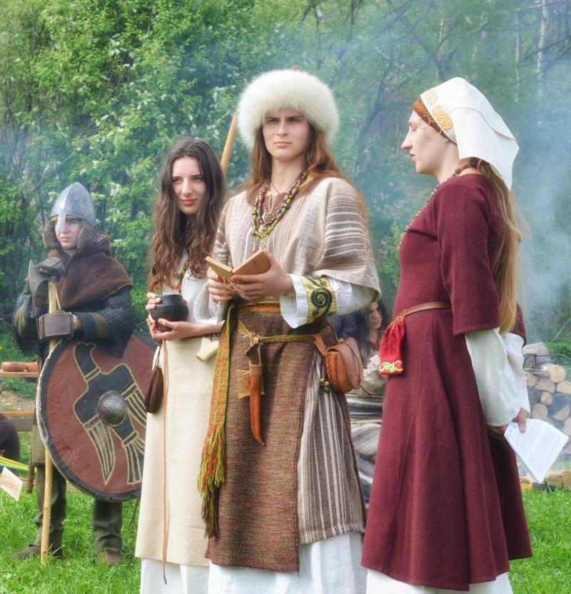 Frauen Der Wikinger