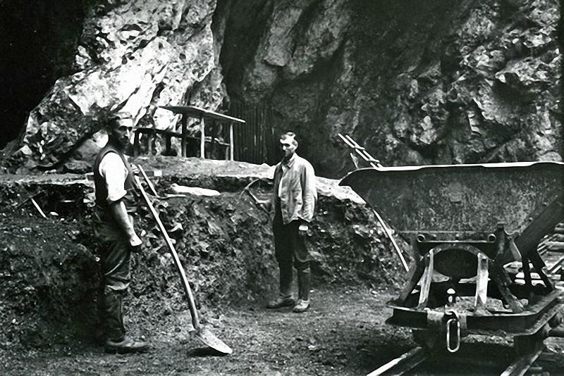 Ausgrabung Hohlenstein-Stadel