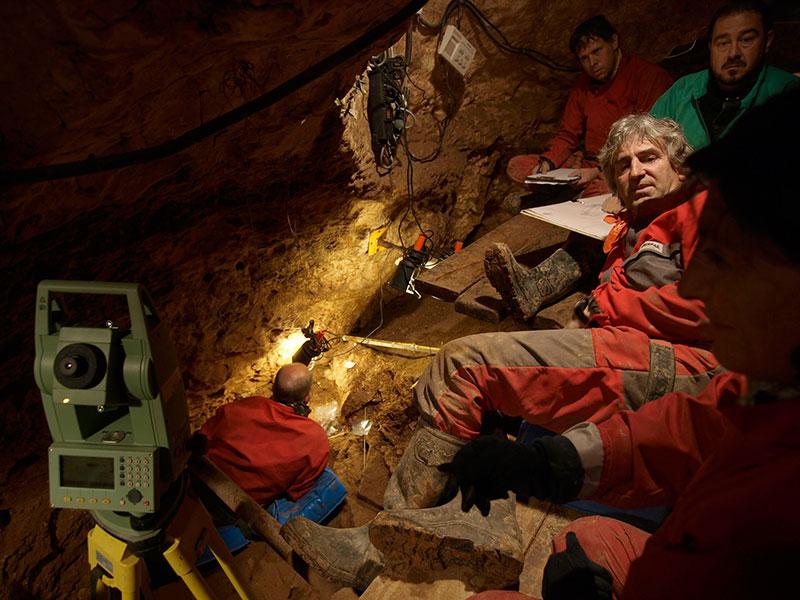 Ausgrabung in der Höhle Sima de los Huesos
