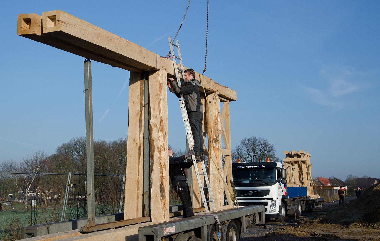 Acht Meter langes Einzelteil für die Rekonstruktion