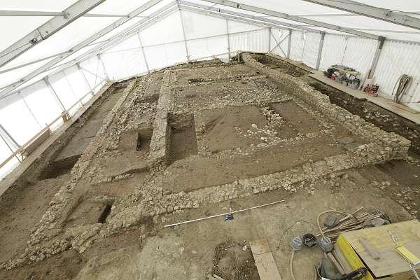 Attiswil, Leimenstrasse: Übersicht über die römischen Gebäude. Blick nach Westen (Foto: ADB)