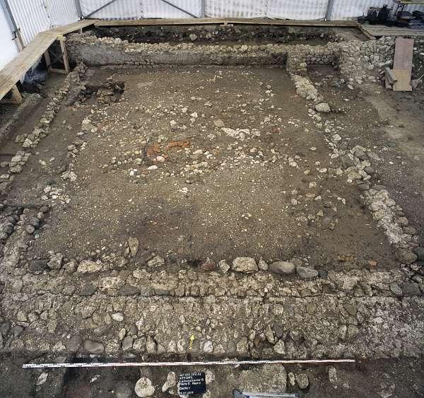 Westteil des römischen Gebäudes. Blick nach Norden (Foto: ADB)