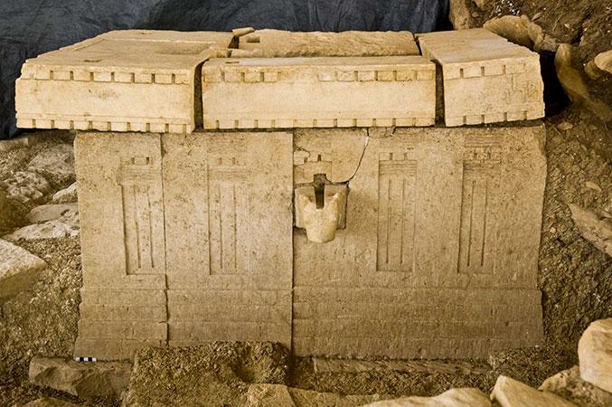 Altar aus dem Inneren des Almaqah-Heiligtums