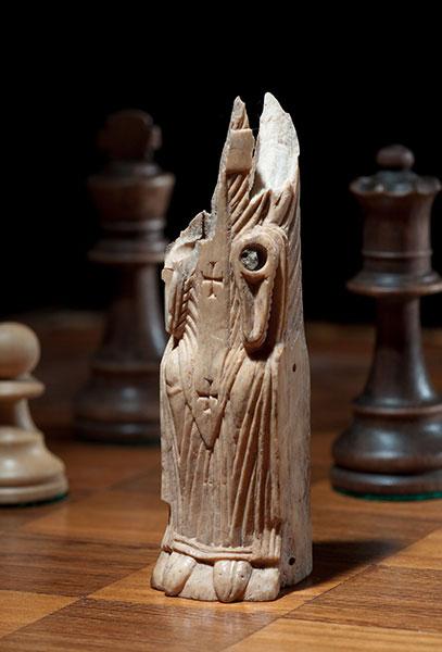 Schachfigur aus dem 12. Jh.